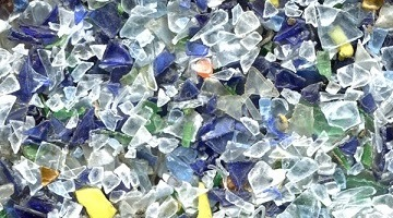 Хлопья ПЭТ – произведенные из пластиковой тары