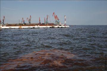 Загрязнение вод нефтью