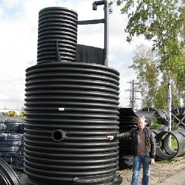 Пластковый канализационный колодец