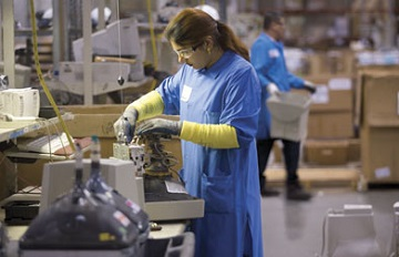 Переработка вторсырья экономически эффективна, сокращает потребление ресурсов и помогает сохранить окружающую среду.