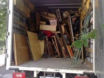 Выврз старой мебели