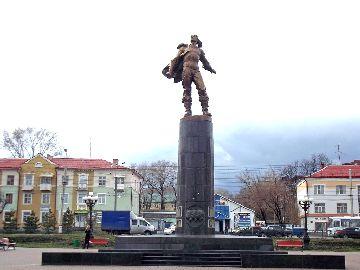 Скульптура в центре