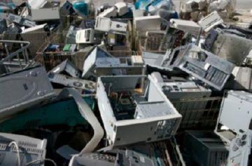 Процесс утилизации компьютера