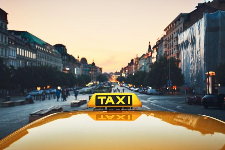 Как я взял кредит, чтобы купить машину для подработки в такси