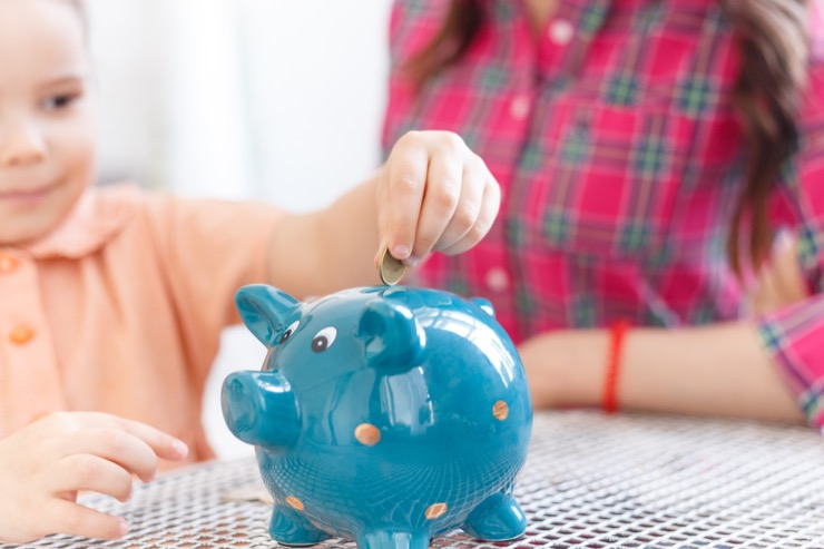 Как при зарплате бюджетника накопить на квартиру и обойтись без кредитов
